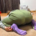 部屋着でごく普通に生活する女性を盗撮した妙にヌケる自宅微エロ画像
